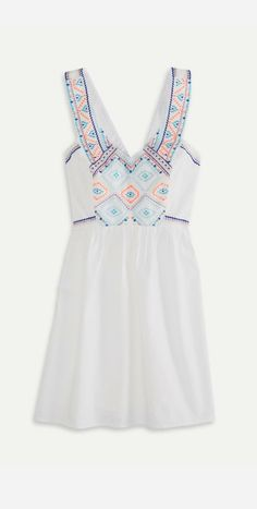 simple white + top embroidery dress