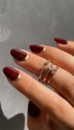 Red And Gold Nails, Dark Red Nails, Burgundy Nails, Red Tip Nails, Burgundy Nail Designs, Dark Nail Designs, Nail Art Designs, Striped Nail Designs, Les Nails