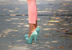 pastel pink and green, i like it. I just need to get some new jeans and cuter heels