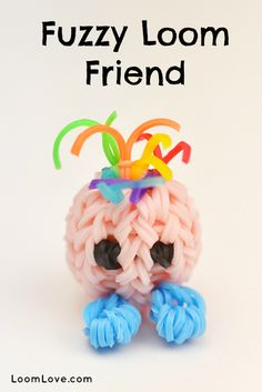 How to Make a Rainbow Loom Fuzzy Loom Friend - Machines et élastiques : http://www.creactivites.com/268-elastiques-loom