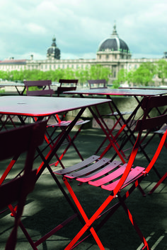 Iconic outdoor metal furniture made of galvanized steel and powder coat