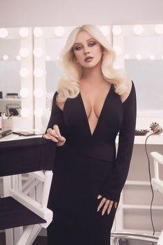 Top 40 Most Beautiful Hair Looks of Christina Aguilera – Celebrities Female Robert Kardashian, Khloe Kardashian, Kardashian Kollection, Kris Jenner, Kendall Jenner, Kylie, Christina Aguilera Burlesque, Christina Aguilera Hair, Hottest Female Celebrities