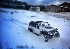 Heck yeah! Rain, snow, sand, mud...no worries when you're sitting tall in a Jeep! Defender in the snow Land Rover, jeep suzuki lj sj of road cool ice 4x4 love best car fun winter
