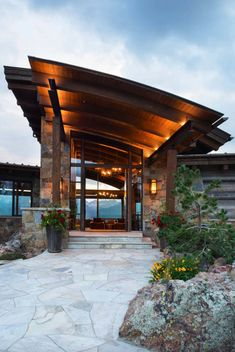 Craftsman style home features dramatic backdrop of the Rocky Mountains This craftsman style home designed by Berglund Architects is located on a sprawling property located in Silverthorne, Colorado. Architecture Design, Hotel Architecture, Architectural Design House Plans, Craftsman Style Homes, Craftsman House Plans, Rocky Mountains, Modern Mountain Home, Custom Home Builders, House Styles