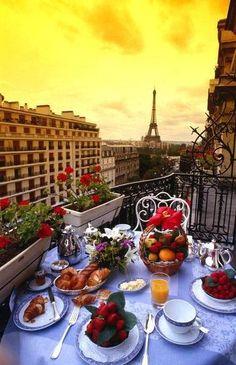Parisian petit dejeuner.