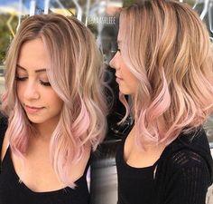 Light Pink Hair Hair In 2019 Hair ideas Pink Blonde Hair, Pastel Pink Hair, Blonde With Pink, Sandy Blonde, Blonde Pink Balayage, Pink Hair Tips, Pink Bayalage, Pale Pink, Rose Gold Blonde
