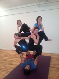 1000 images about acroyoga 3 person poses on pinterest