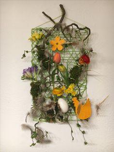 Petite déco de Pâques Floral Wreath, Creations, Wreaths, Home Decor, Flowers, Floral Crown, Decoration Home, Door Wreaths, Room Decor