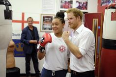 "Kensington Palace on Twitter: ""Prince Harry meets promising boxer Shanay, aged 13 @DoubleJabABC"