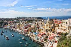 Troisième journée du road-trip Naples, sa côte et ses îles. Après avoir tenté d'élucider les énigmes du Purgatoire, nous être promenés dans les ruines de (...)