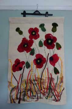 poppy wall hanging for bunchofbloom