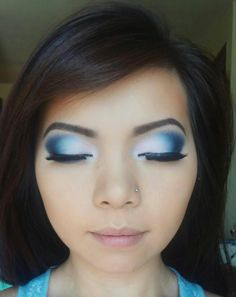 Nice effect! #long lashes #blue eyeshadow #highlighted eyes