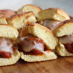 "Meatball Sliders: Super Bowl Food | The Girl Who Ate Everything...and what a great ""slider bun"" idea: cut a Martin's HD bun in thirds!!"