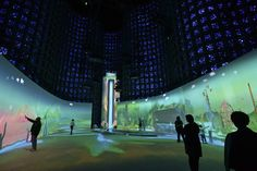 Created by Cambridge (US) based creative studio Design I/O (Theo Watson, Emily Gobeille and Nick Hardeman), Connected Worlds is a large scale immersive, interactive ecosystem developed for the New York Hall of Science.