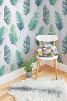 Diving straight into the 2016 interiors trend, we've launched our Tropical Wallpaper Collection. Designed in-house by our team of expert designers, these original prints capture all the essence of the summer vibes with a twist of South American flair. Normal Wallpaper, Standard Wallpaper, How To Hang Wallpaper, Unique Wallpaper, Wallpaper Designs, Wallpaper Murals, Green Leaf Wallpaper, Tropical Wallpaper, Botanical Wallpaper