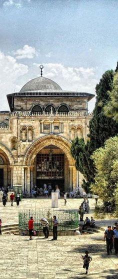 "AL-AQSHA mosque and AS-SAKHRA mosque (""The Dome of The Rock"") are NOT the same. Darussalam, Ūrsālim-Al-Quds  • أورسالم القدس  , Al-Quds, Bayt al-Maqdis, Palestine"