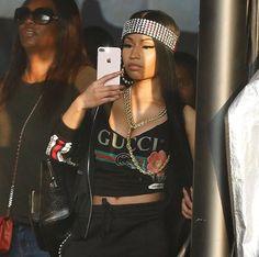 hip hop outfits for women - Montessori Selbstgemacht Nicki Minaj Outfits, Nicki Minaj Barbie, Nicki Manaj, Beyonce, Rihanna, Hip Hop Outfits, Mtv Movie Awards, Rapper, Pink Lady
