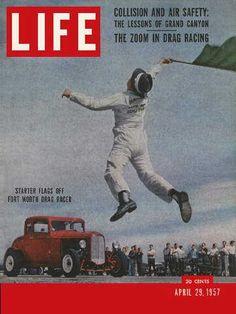 Hot-rod fever - Original Life Magazine from April 1957 - Visit… Life Magazine, History Magazine, E Sport, Sport Cars, Life Cover, Car Humor, Drag Racing, Cover Art, Hot Rods