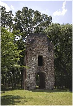 Bell Tower 1751, Fort Dorchester-abandoned after civil war