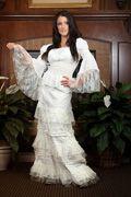 Cinderella Caramella Skirt and Peasant Top w lace Western Look, Western Wear For Women, Western Chic, Cowgirl Wedding, Western Wedding Dresses, Wedding Gowns, Fashion Sites, Peasant Tops, Vintage Fashion