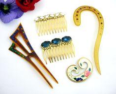 https://www.ebay.com/itm/Lot-of-5-Pieces-VINTAGE-HAIR-JEWELRY-Combs-Sticks-Clips-RHINESTONES-Enamel/392005562619?hash=item5b455a30fb:g:9aQAAOSw8-FaW5-1