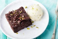Need a little snack to tide you over until dinner time? That mid-afternoon brownie with your coffee may not be such a bad idea... In the middle of winter a