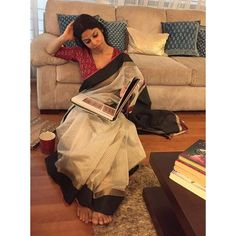 """0c1c87a8173ec  ecoloom.co boasts of a collection of finest handwoven Maheshwaris brough  to Maheshwar by Rani Ahalya Bai…"""""""