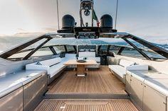 riva-88-florida-convertible-yacht3