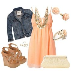 Wish the dress was a maxi! Otherwise, love this outfit!