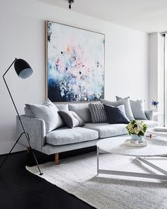 11 Ideas To Make Your Home Feel Bigger | HipVan Choosing Furniture With  Legs Can Create