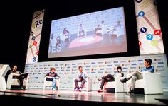 Encuentro-taller con youtubers en iRedes - Vídeo 2h. 6min. http://www.mberzosa.com/index.php/2015/04/encuentro-taller-con-youtubers-en-iredes/