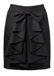 Bow & Ruffle Pencil Skirt, love me some bows! Mode Inspiration, Sweater Weather, Dress Me Up, Dress Skirt, Skirt Midi, Ankara Skirt, Skirt Pleated, Ruffle Skirt, Passion For Fashion