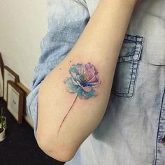 20 fascinating design ideas for a watercolor tattoo - Tattoo Ideas & Trends Tribal Tattoo Designs, Tattoo Sleeve Designs, Foot Tattoos, Body Art Tattoos, Thigh Tattoos, Ear Tattoos, Trendy Tattoos, Cute Tattoos, Tattoo Ideas