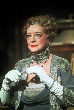 """DEATH ON THE NILE"".  Bette Davis as socialite Marie Van Schuyler."