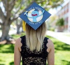 56 Of The Dankest Memes Of The Week Dankest Memes of the Week - Funny Gallery Funny Graduation Caps, Graduation Cap Designs, Graduation Cap Decoration, Graduation Diy, Graduation Pictures, Grad Hat, Rick Y Morty, Cap Decorations, Cap And Gown