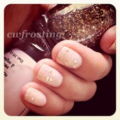 #newyear #glitter #mani {sephora by OPI dear diary + only gold for me top coat}