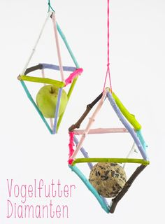 Painted twig bird feeder project -A really quick and easy DIY project idea! Perfect crafts idea for kids.