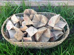 Origami folded wedding programs for a modern wedding @myweddingdotcom