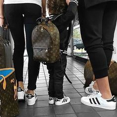 Adidas family❤️ LV Family goals! Follow @footwearofficial for more! Tag your Bae!