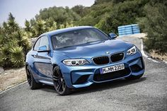 Ahead of its debut at the Detroit Motor Show in January, BMW has finally revealed the long-awaited Bmw M2, 3008 Peugeot, Peugeot 205, Supercars, Wallpapers Bmw, Nova Bmw, Automobile Magazine, Bavarian Motor Works, Exotic Cars