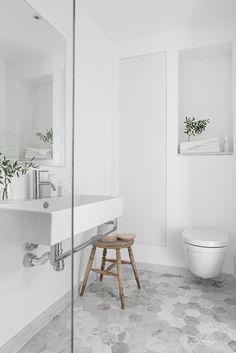 Gravity Home — Light Scandinavian Apartment gravityhomeblog.com...