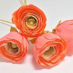 "PAPER Flowers - Lauren Holston Cline (@thepaperflowermarket) on Instagram: ""I hope everyone's week is starting off lovely! Peace, love, and paper flowers friends! . . . . .…"""