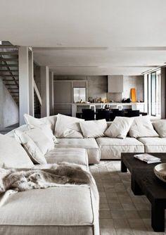 canapé beige, salon moderne de style scandinave, meubles scandinaves