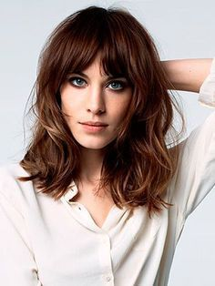 Long Wavy Bob Hairstyle with Bangs
