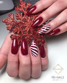 Christmas Decorations For The Home, Christmas Nail Designs, Christmas Nails, Marble Nails, Acrylic Nails, Nail Extensions Acrylic, Nail Ring, Dream Nails, Nailart