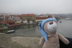 Vista verso il museo di Franz Kafka a Praga
