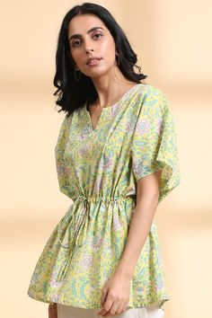 Kaftan Designs, Saree Jackets, Yellow Shorts, Cotton Shorts, Online Shopping Clothes, Indian Fashion, Printed Cotton, Fashion Outfits, Clothes For Women