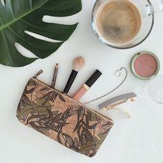Nachhaltige Taschen aus umweltfreundlichem Kork www.littlethingswith.love #Peta #Korktaschen #Corkbag #Peta #helloween #stayingathome