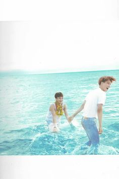 "EXO Photobook ""Dear Happniess"" in Fiji - Chen and Kai Chanyeol Baekhyun, Exo Chen, Exo Dear Happiness, Kai, Kim Jong Dae, Ko Ko Bop, Exo Lockscreen, Kim Minseok, Exo Members"