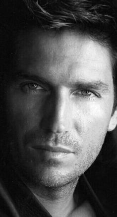 Find images and videos about person of interest, jim caviezel and john reese on We Heart It - the app to get lost in what you love. Jim Caviezel, Beautiful Celebrities, Beautiful Men, Male Celebrities, Beautiful People, Celebs, Jim James, James Patrick, John Reese
